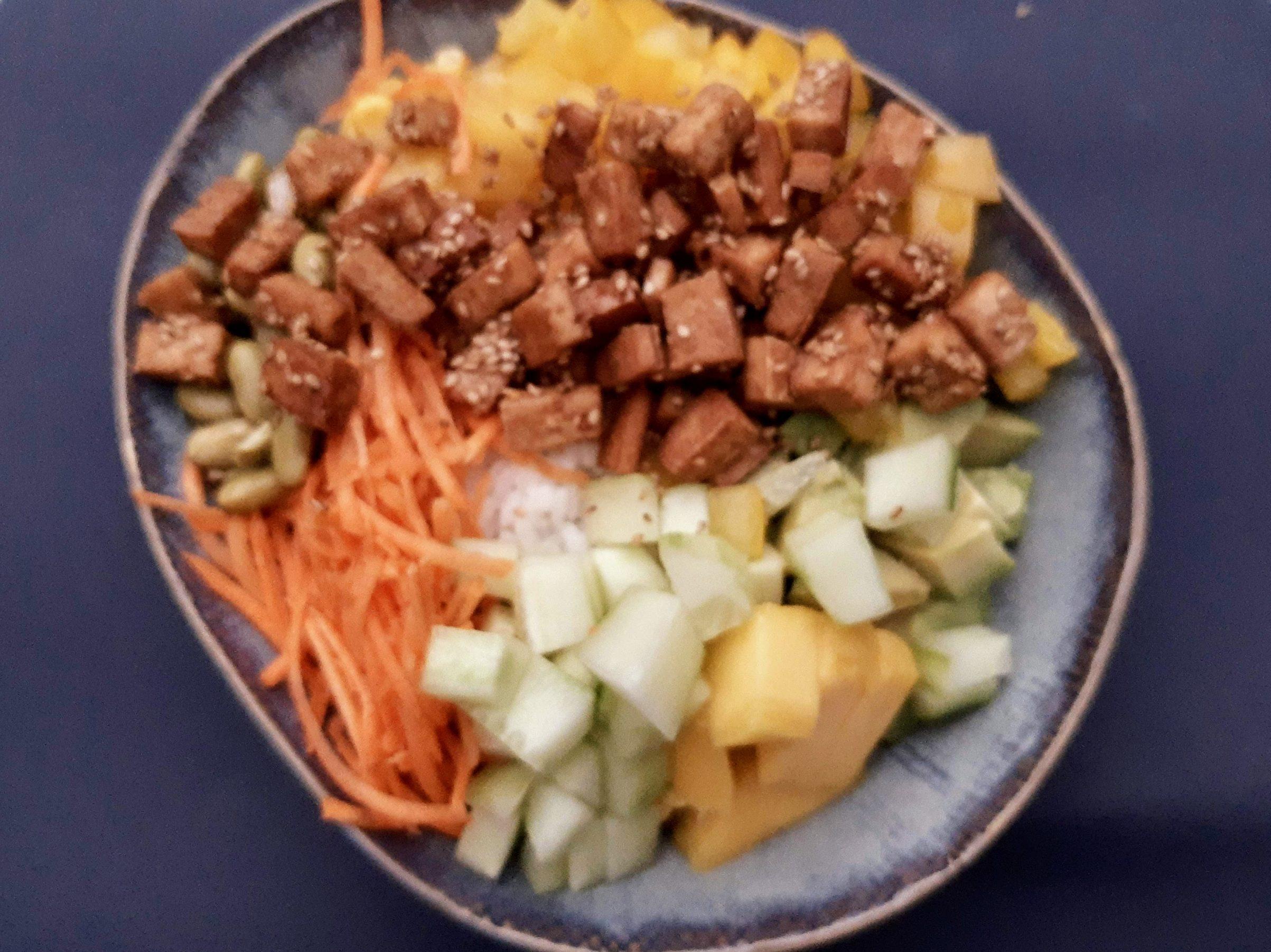 Poké bowl met tofu